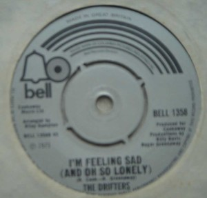 THE DRIFTERS - I'm feeling so sad / Kissing in the back row of the movies - 7inch (SP)