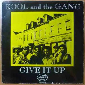 KOOL AND THE GANG - Give it up - LP